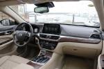 GA8的车厢设计和外形一样比较方正和大气。
