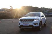 新车评抢先试驾Jeep指南者视频