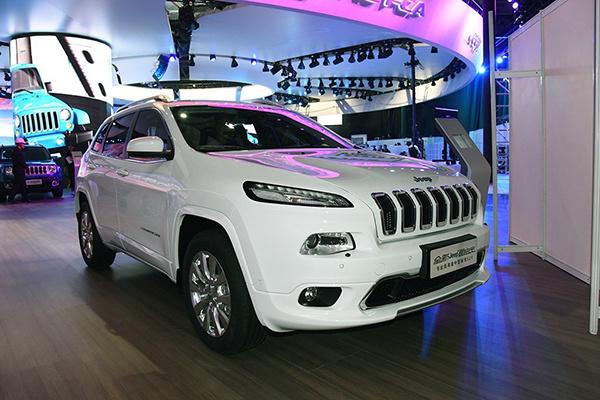 售20.98-31.98万 Jeep新款自由光上市