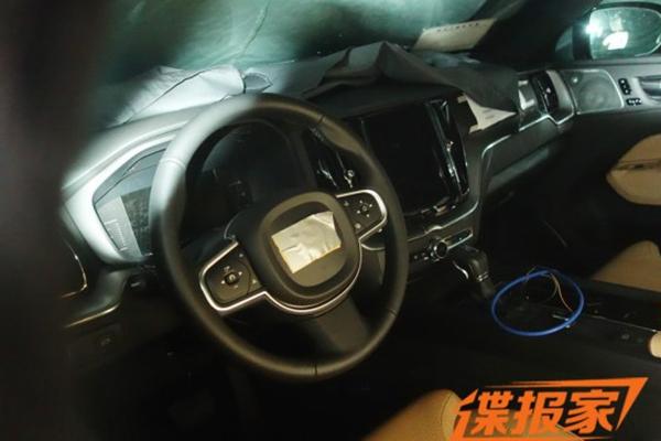 全新沃尔沃XC60低伪装谍照曝光