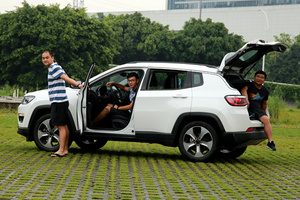 Jeep指南者(4)三人杂谈:这是一台什么样的SUV