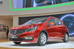 售价区间5.18-6.08万元 宝骏310自动挡车型上市