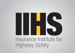 IIHS新成绩:13款轿车副驾驶小面积正碰