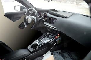 配电子挡把,保时捷全新911最新内饰谍照