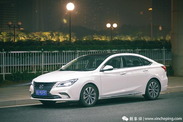 睿骋CC长测(10):看中国品牌如何用灯光营造心理暗示
