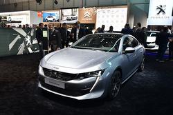 轴距增加110mm,国产全新标致508于明年初上市