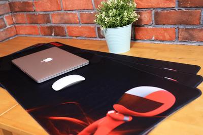 新车评网桌面鼠标垫(一张)