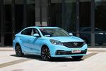 福美来F5是第四代福美来的中期改款车型,新车使用了新的外观和内饰设计,并且增加了一款水蓝色配色,整体造型看起来更年轻、秀气。