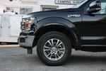 F-150 LARIAT版使用的轮胎型号为米其林primacy xc,尺寸为275/65 R18。这个系列的轮胎专门为皮卡开发,在保证一定的越野能力的前提下,能提供良好的乘坐舒适性和节油性能。