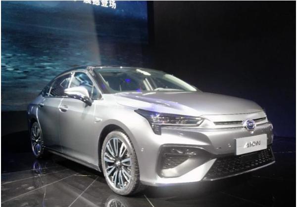 广州车展:配备L2级别驾驶系统,广汽新能源AION S亮相