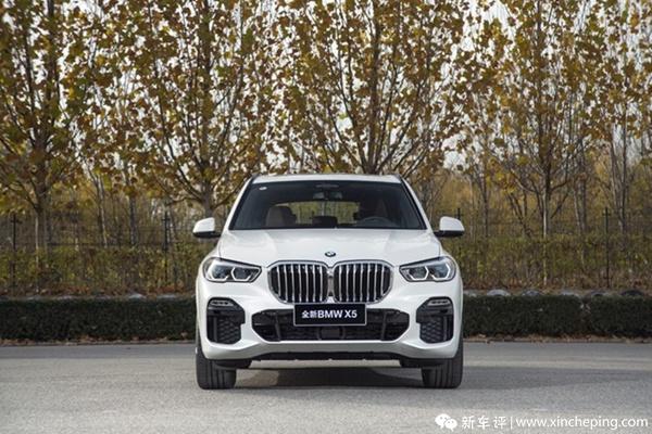 三问全新BMW X5设计师:探讨内外兼修的旗舰设计语言