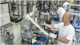 要转型电动车?大众将在2026年底推出最后一代内燃机