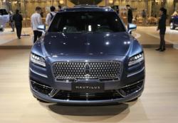 林肯航海家配置價格分析:30多萬的美式中型SUV值不值?