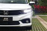 实拍的顶配车型配备了LED大灯、LED日行灯和LED雾灯。