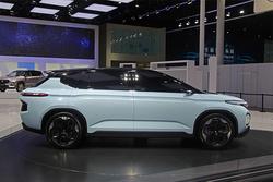 FF91再世?上海车展探馆之新宝骏RM-C概念车
