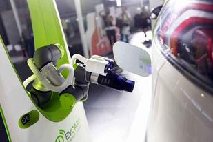 来了!全球最大电动汽车快充站在深圳投运