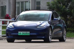 特斯拉Model 3超深度車評:它會是你的第一輛車嗎?