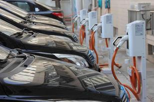 作为新能源重点推广城市,北京率先取消新能源汽车地补