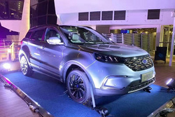 福特纯电紧凑型SUV领界EV正式上市:补贴后18.28万元起