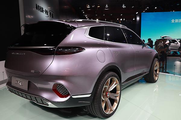 延续Concept X造型设计 腾势全新7座SUV高温测试谍照曝光