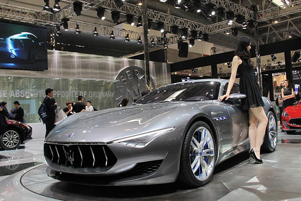玛莎拉蒂公布新车计划:未来所有车型都会推出电动版本
