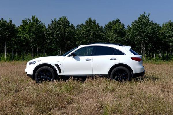 英菲尼迪发布全新轿跑SUV预告图,将于2020年夏季上市