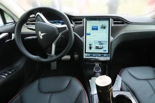 針對娛樂及Autopilot,特斯拉面向中國車主推送軟件升級