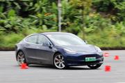 电动车只能买菜代步?Tesla说下赛道也没问题的!