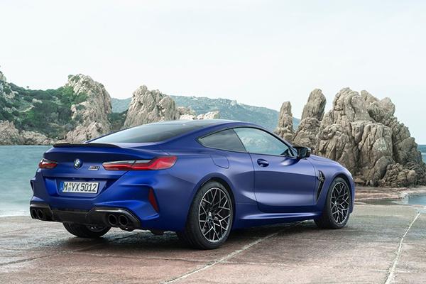 宝马GT跑车8系上市:共推9款车型,售96.80-219.80万