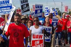 通用罢工活动终结束,UAW表示下一目标将是福特