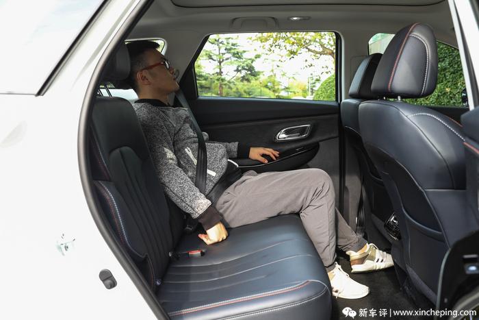 长安欧尚X7试驾手记:15天一万订单 是什么让它爆起来?