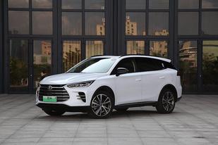 比亚迪10月销量数据:共售新车41130辆,同比下降15.19%