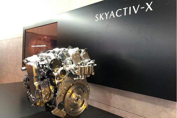 马自达公布产品计划:压燃、CX-30、纯电车型统统满上