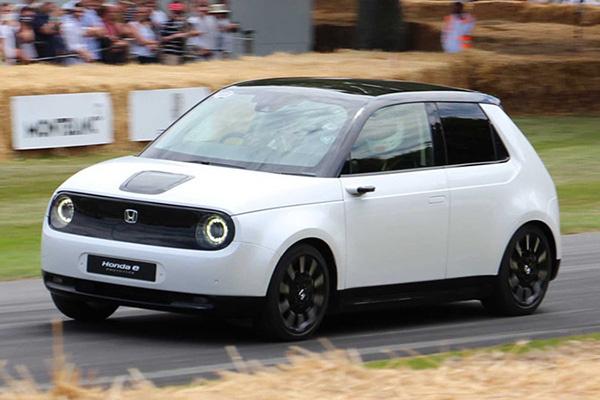 本田CEO表示:电动汽车短时间难成主流,目前重点在混动