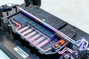 威马2.0热管理系统:为过冬,他们造了一台加柴油的电动车