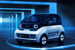 新宝骏品牌首款新能源汽车亮相,看到它你想起谁?