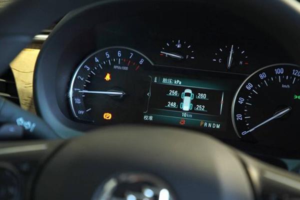 新规推出,明年1月起乘用车将强制装胎压监测系统