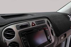 问题四则:汽车中控到底需不需要防晒垫?