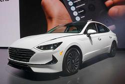 发售在即,混动版索纳塔将在车顶配备太阳能电池板
