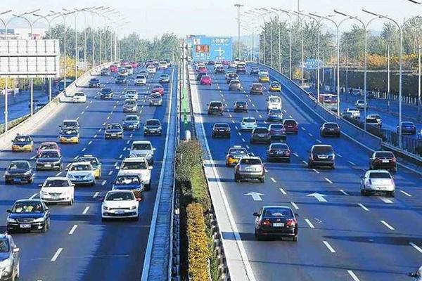 广州通过促进汽车消费新政,未来将增加中小客车指标发放
