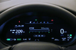 高配车型配备了12.3英寸的全液晶仪表,提升了内饰的科技感。仪表显示信息丰富、易读,界面分布逻辑清晰,上手无难度。