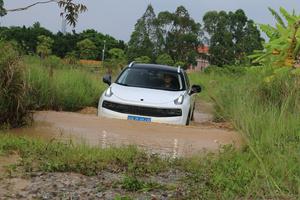 领克01长测(6):城市SUV到底需要怎么样的越野能力?
