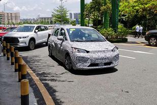 或专供公共出行市场,比亚迪全新小型MPV车型谍照曝光