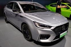 2020成都车展:新名爵6 PHEV首秀,升级智能驾驶系统