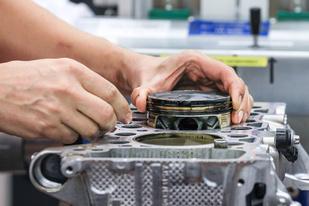 发动机工艺新突破,保时捷将在GT2 RS内采用3D打印活塞