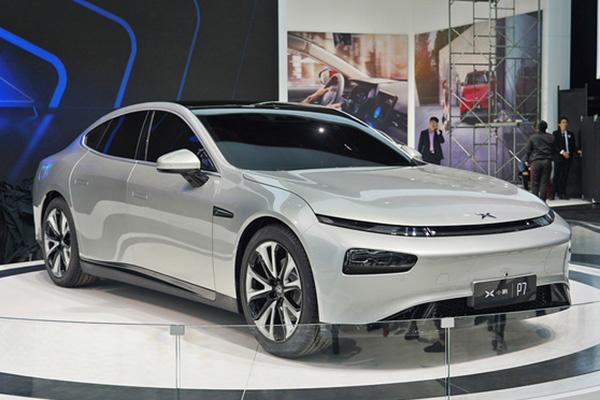 资金充裕大步迈进,小鹏汽车宣布获近5亿美元