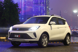 小型SUV年轻派 长安欧尚2021款科赛5上市售5.39-6.59万