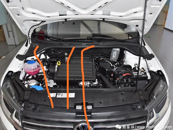 捷达发动机盖子上这些孔有什么作用?