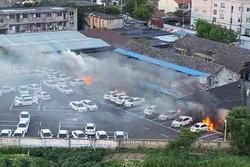 宁波比亚迪e5多车同时起火事故回应:或有人纵火!