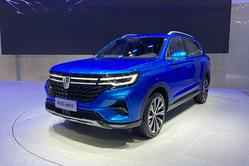 2020广州车展:换装全新设计语言,荣威RX5 MAX正式亮相
